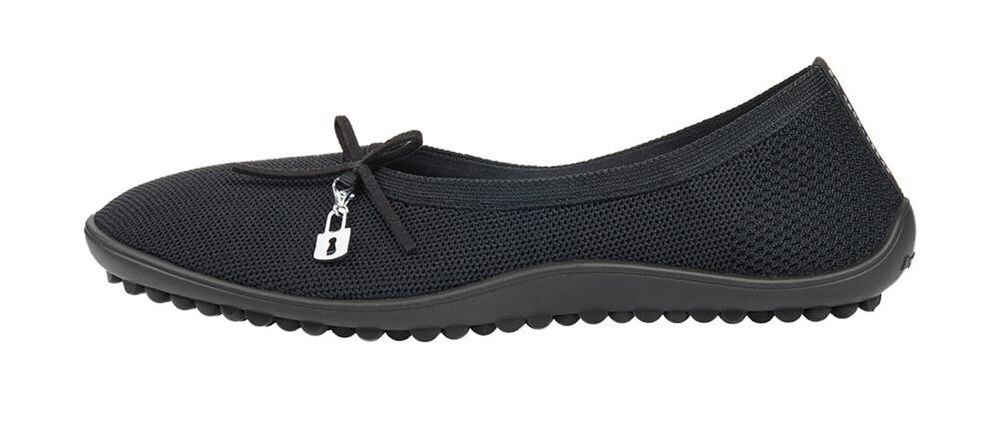 Topo Athletic Australia ST-2 Black Running Shoe Barefoot Man